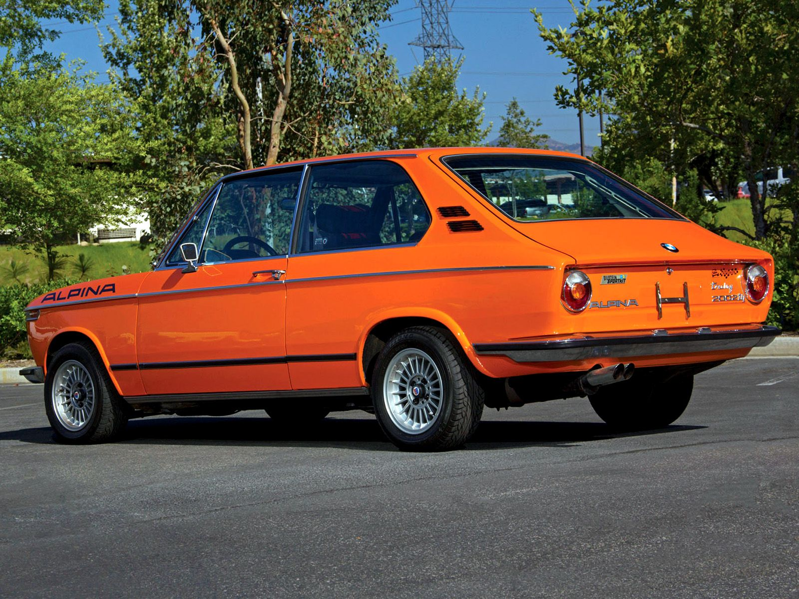 Classic bmw alpina 2002 photos 1974 bmw 2002 tii touring by alpina e10