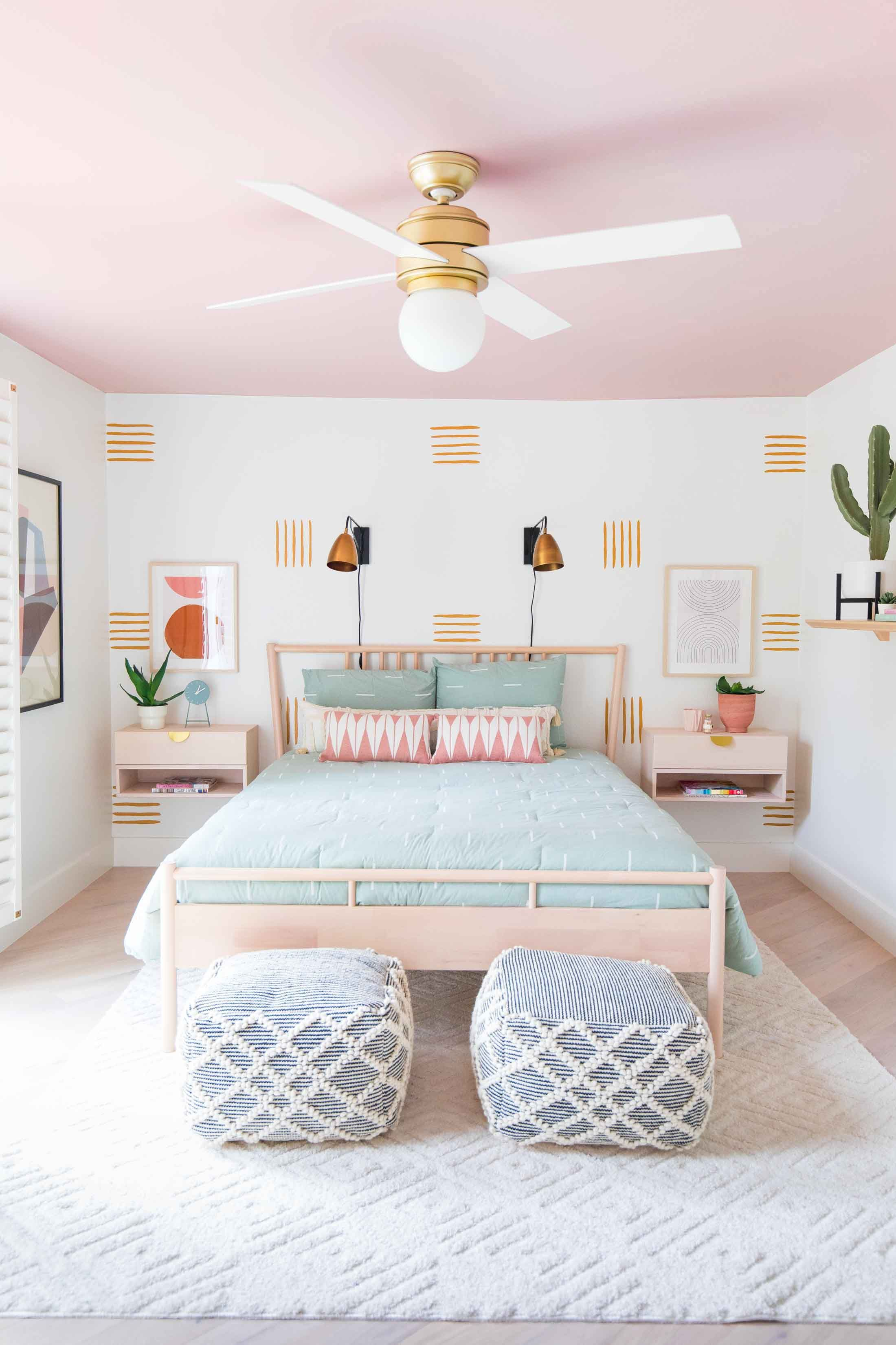 How to Paint an Accent Wall + Our Guest Bedroom Makeover  #wallpaintingideas