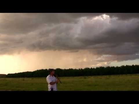 Calling Rain Shamanic Native American flute music for relaxing, meditation…