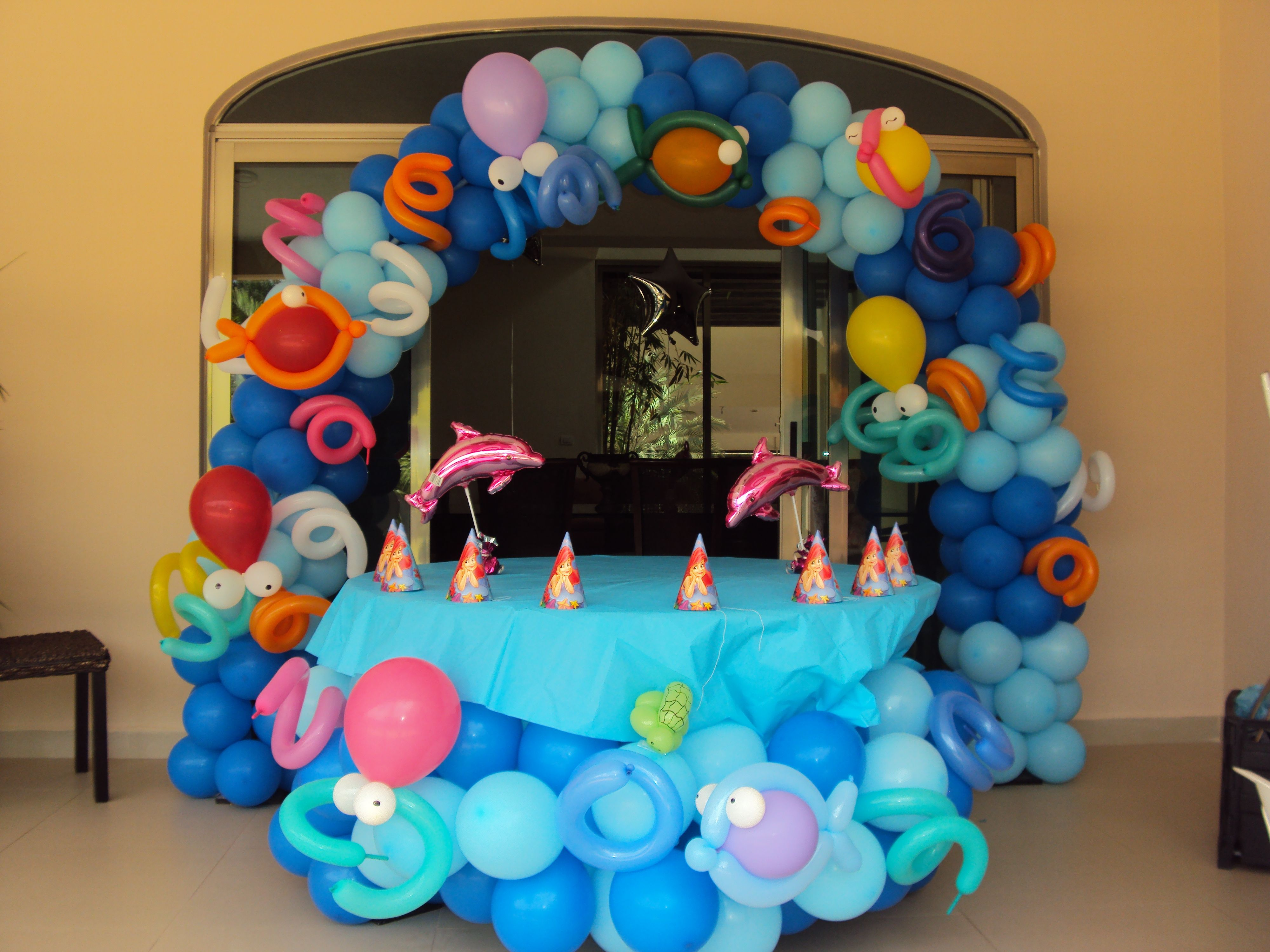 Decoraci n con globos acuatica decoracion con globos - Decorar con globos ...