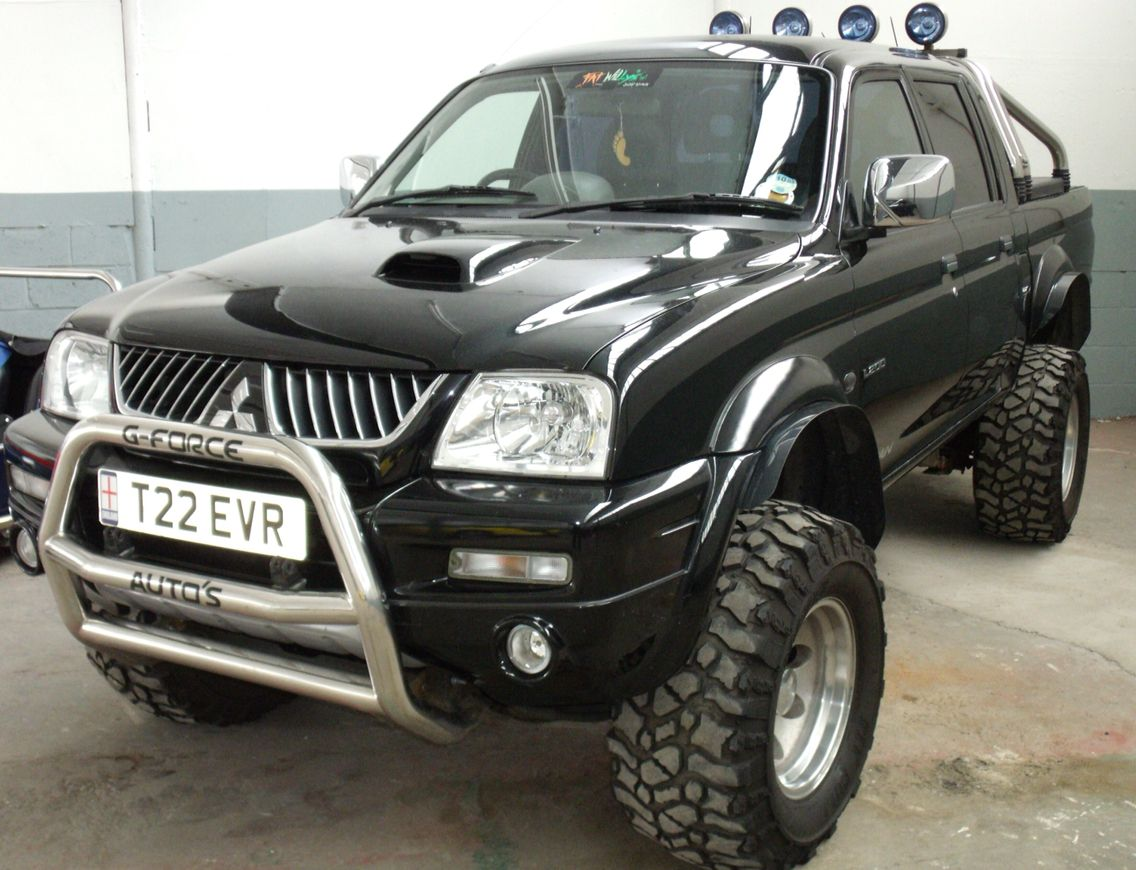 mitsubishi l200 4x4 pinterest 4x4 cars and monster trucks. Black Bedroom Furniture Sets. Home Design Ideas