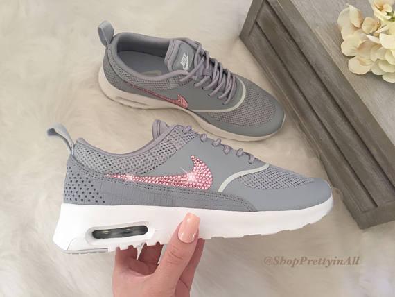Bling Nike Air Max Thea Schuhe mit rosa Swarovski Kristallen