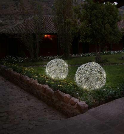 Boules lumineuses