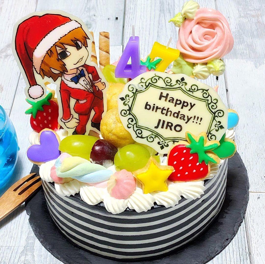 jiroさんお誕生日おめでとう キャラケーキ無事完成 サンタに季節は関係ないって夏に思い知らされたのでこれでw ボーダーも頑張りましたよ キレイにできて大満足 生まれてきてくれてありがとう 大好きーっ anime cake cake cake