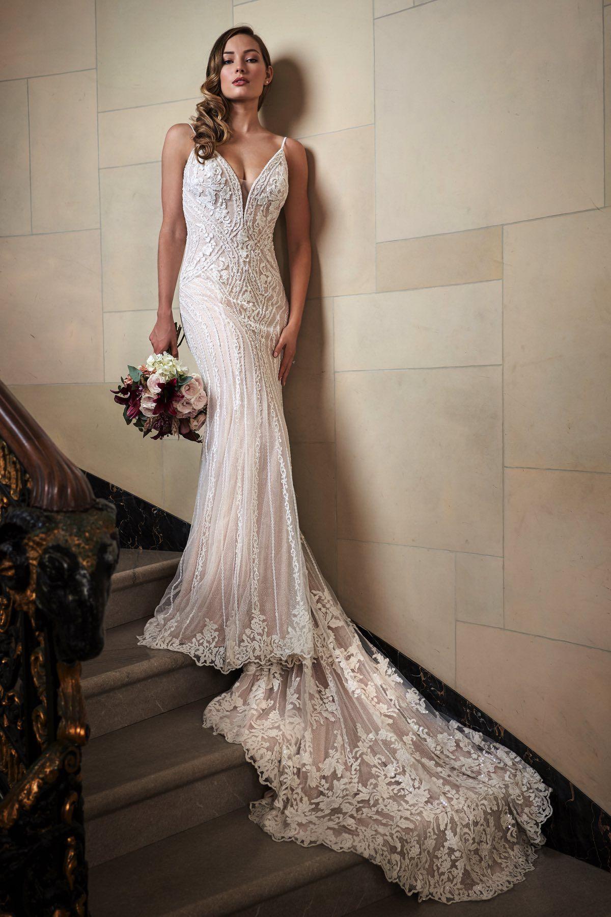 Jasmine T222005 Form Fitting Wedding Dress Wedding Dress Inspiration Alternative Wedding Dresses [ 1799 x 1200 Pixel ]