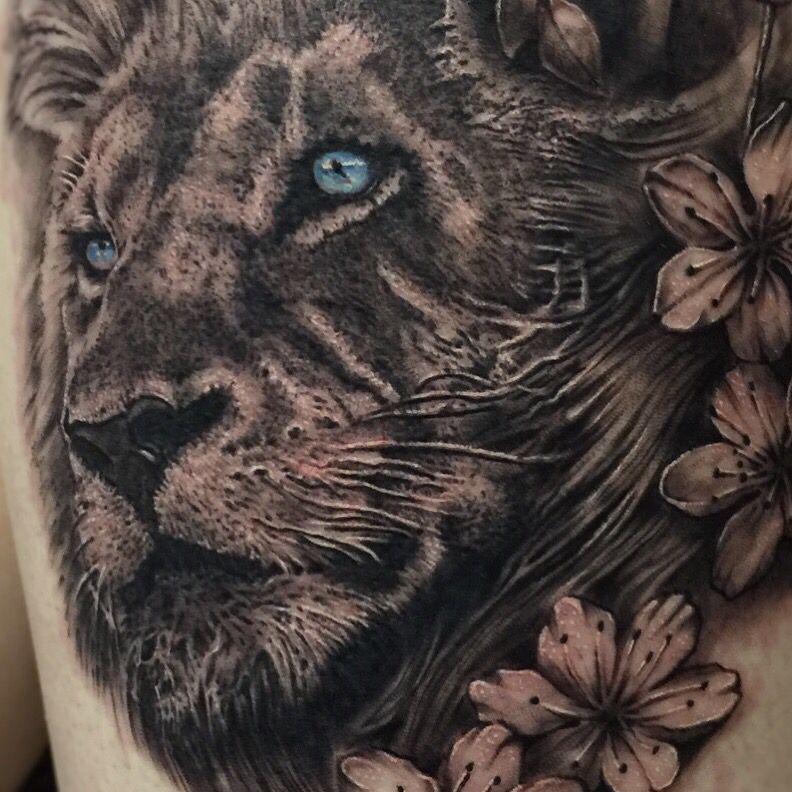 Blue Eyed Lion Tattoo Lion Tattoo Tattoos Lion Eyes
