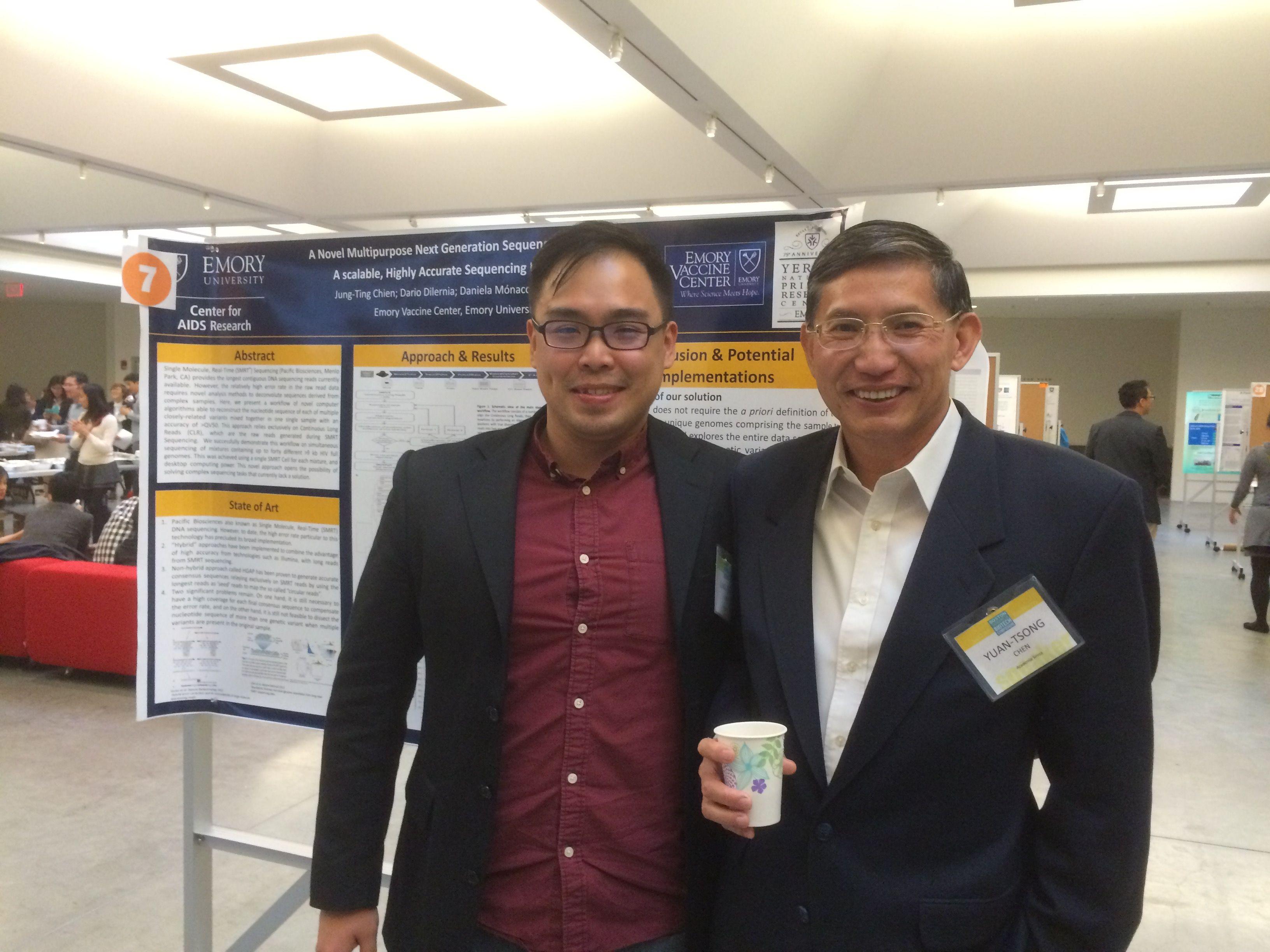 費德創辦人Bob(左)與陳垣崇院士(右)於波士頓台灣生技論壇(Boston Taiwanese Biotechnology Symposium)