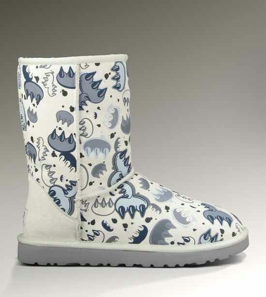 4132821bf2a Graffiti Uggs | UGGS:) | Ugg boots, Boots, Sheepskin boots