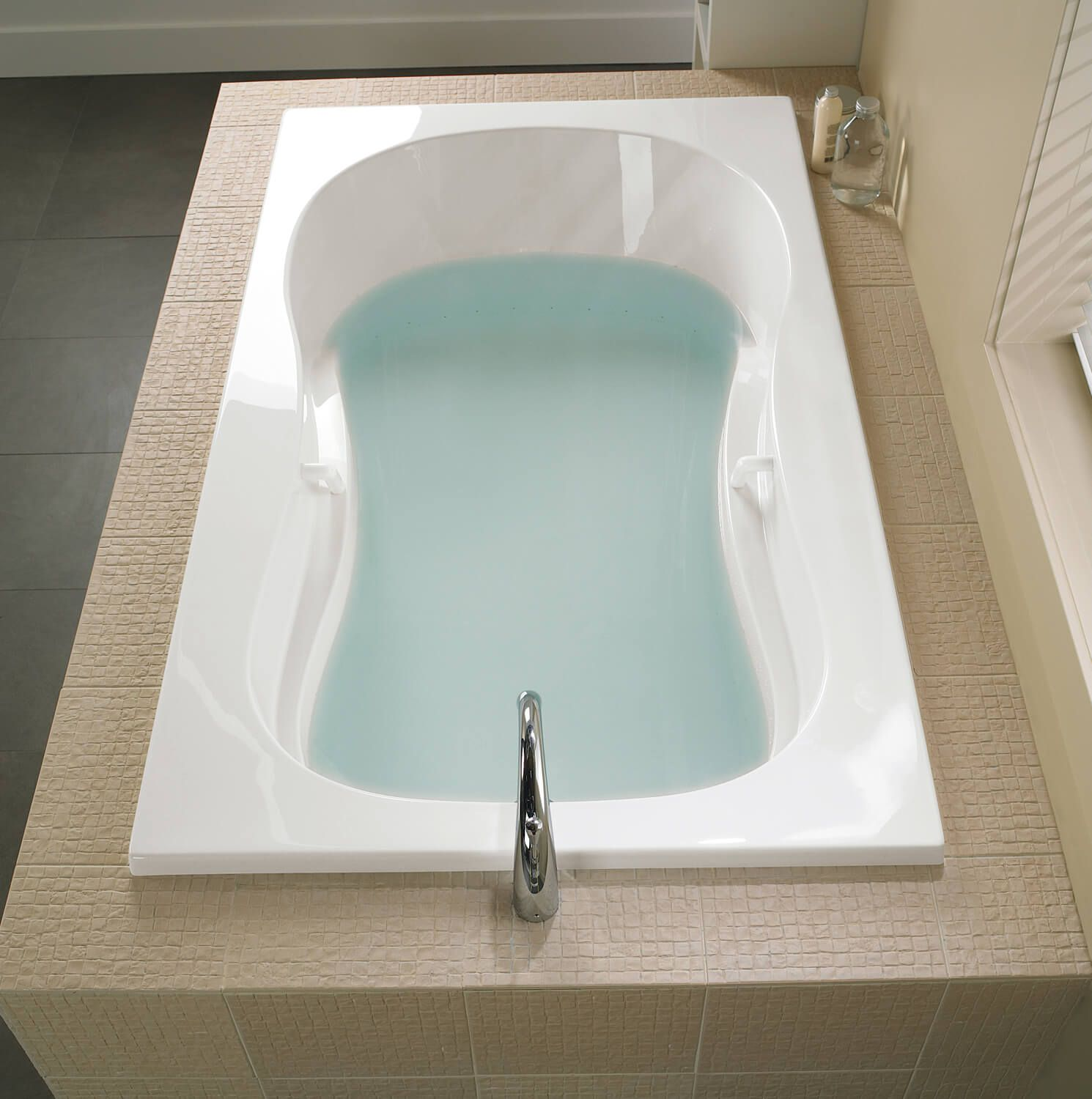 Bainultra Azur 50 Collection Alcove Drop In Air Jet Bathtub For