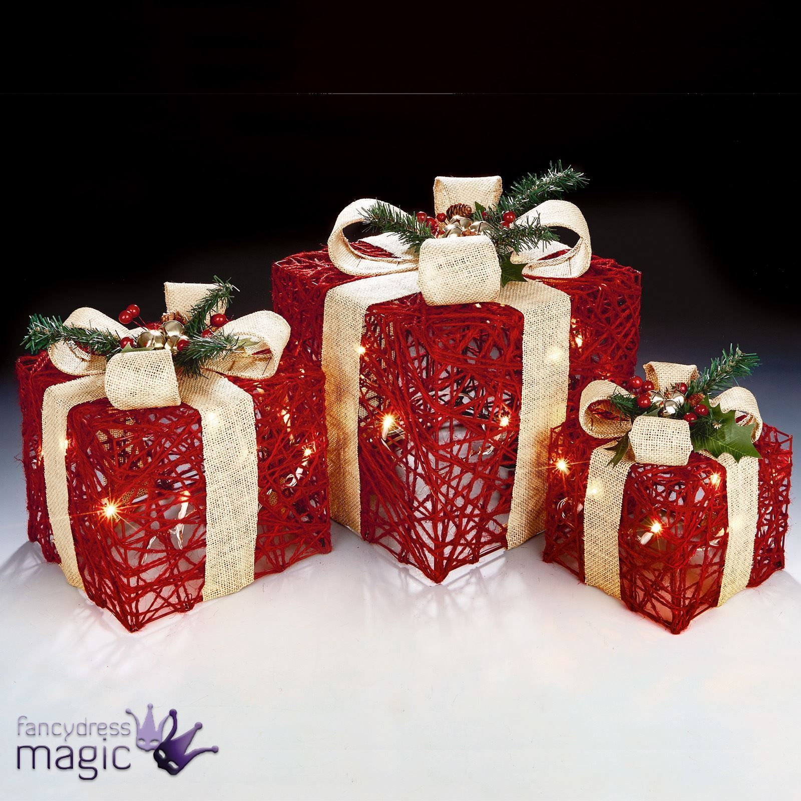 Light Up Parcels Christmas Decorations Argos: Set Of 3 Red Cream Christmas Xmas Presents Gifts Parcels