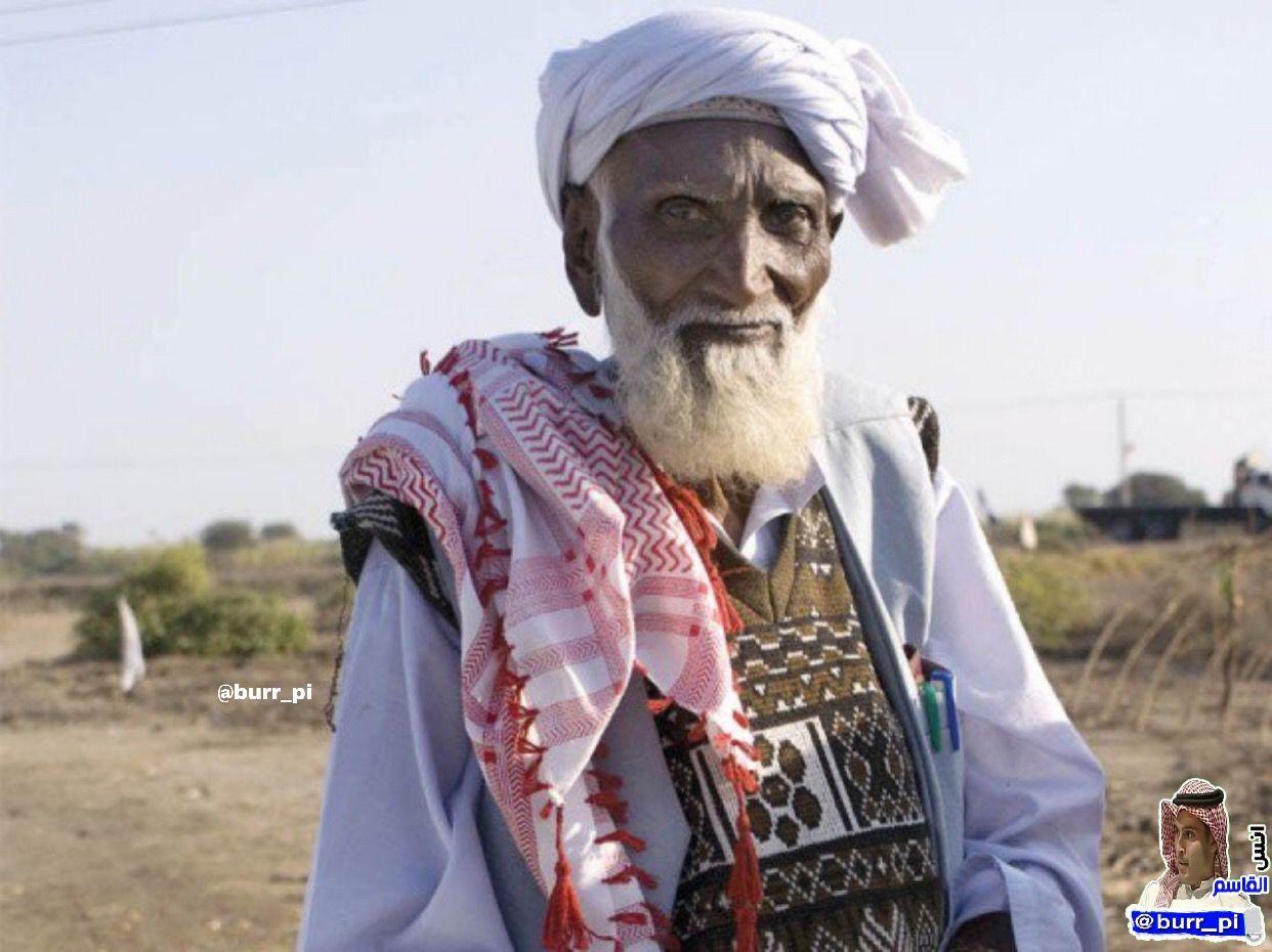 عندما تشاهد هذه الصورة قد تظن أن هذا شخص عادي ولكن الحقيقة أن هذا الرجل كان هندوسيا ثم أسلم وأصبح داعية وأسلم على يده أكثر من 11 Islamic People Islam Muslim
