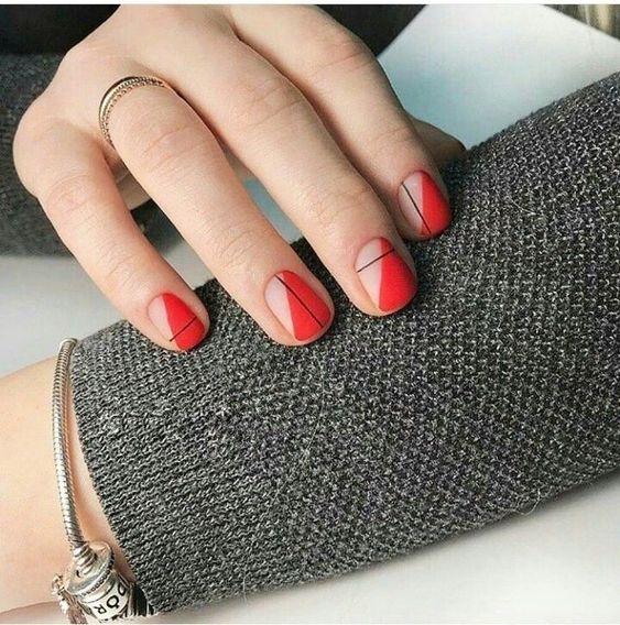 39 Stunning Minimalist Nail Arts for Everyday Style -   beauty Nails art