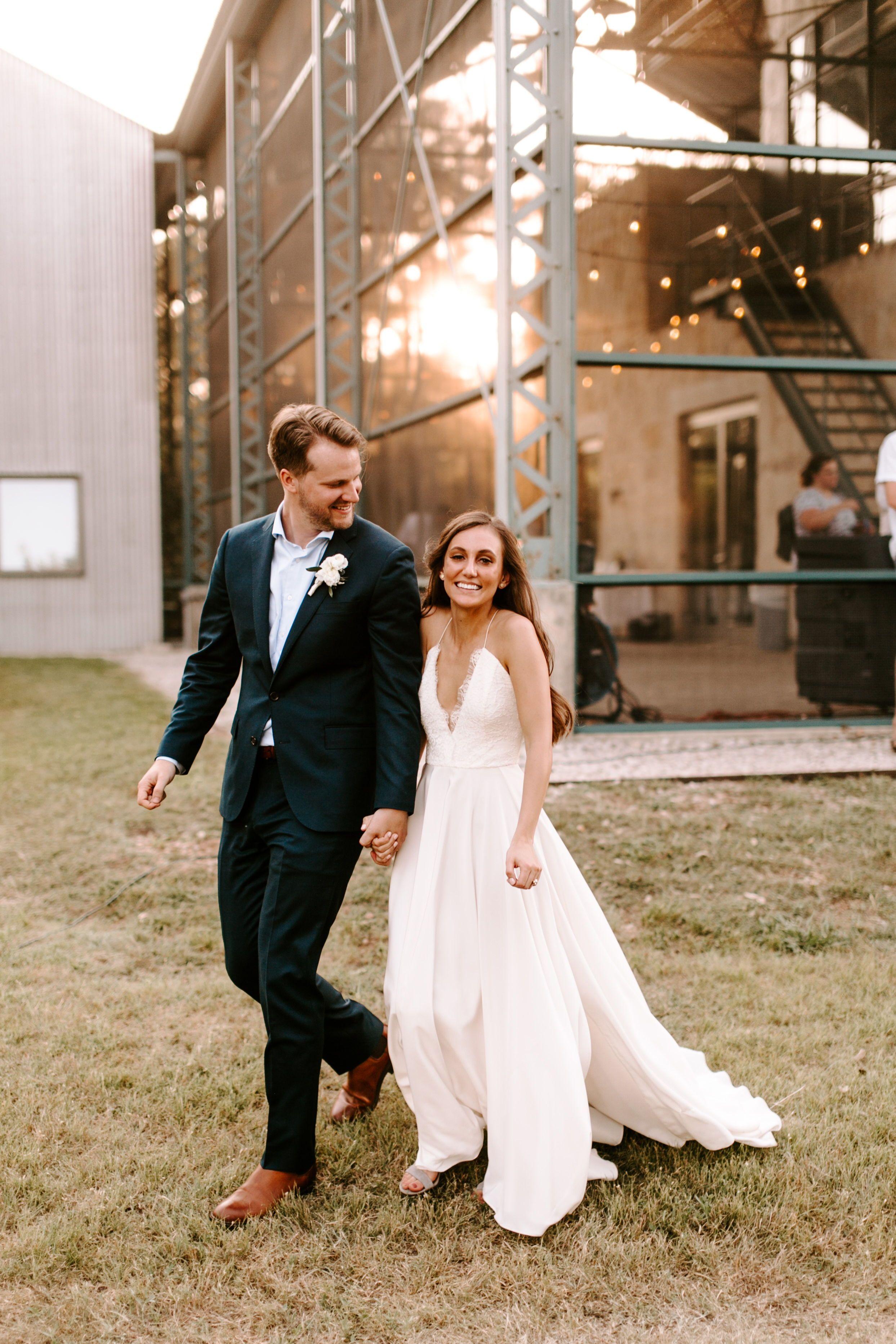 Real Wedding Kristina Grayson Simple Elegant Outdoor Wedding A Be Bridal Shop Outdoor Wedding Dress Wedding Dresses Elegant Wedding Dresses Lace