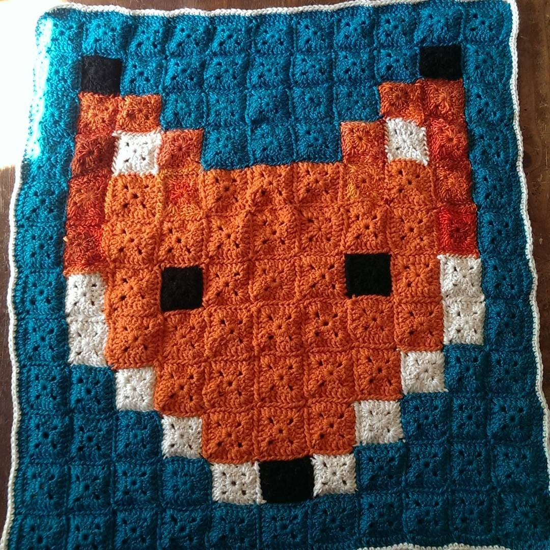 Woke up to this! Mum has finished off our Fox blanket!! This was such a fun project. We're on our way to buy wool for the next baby blanket.... Haha only slightly obsessed. #pixelblanket #foxblanket #crochet