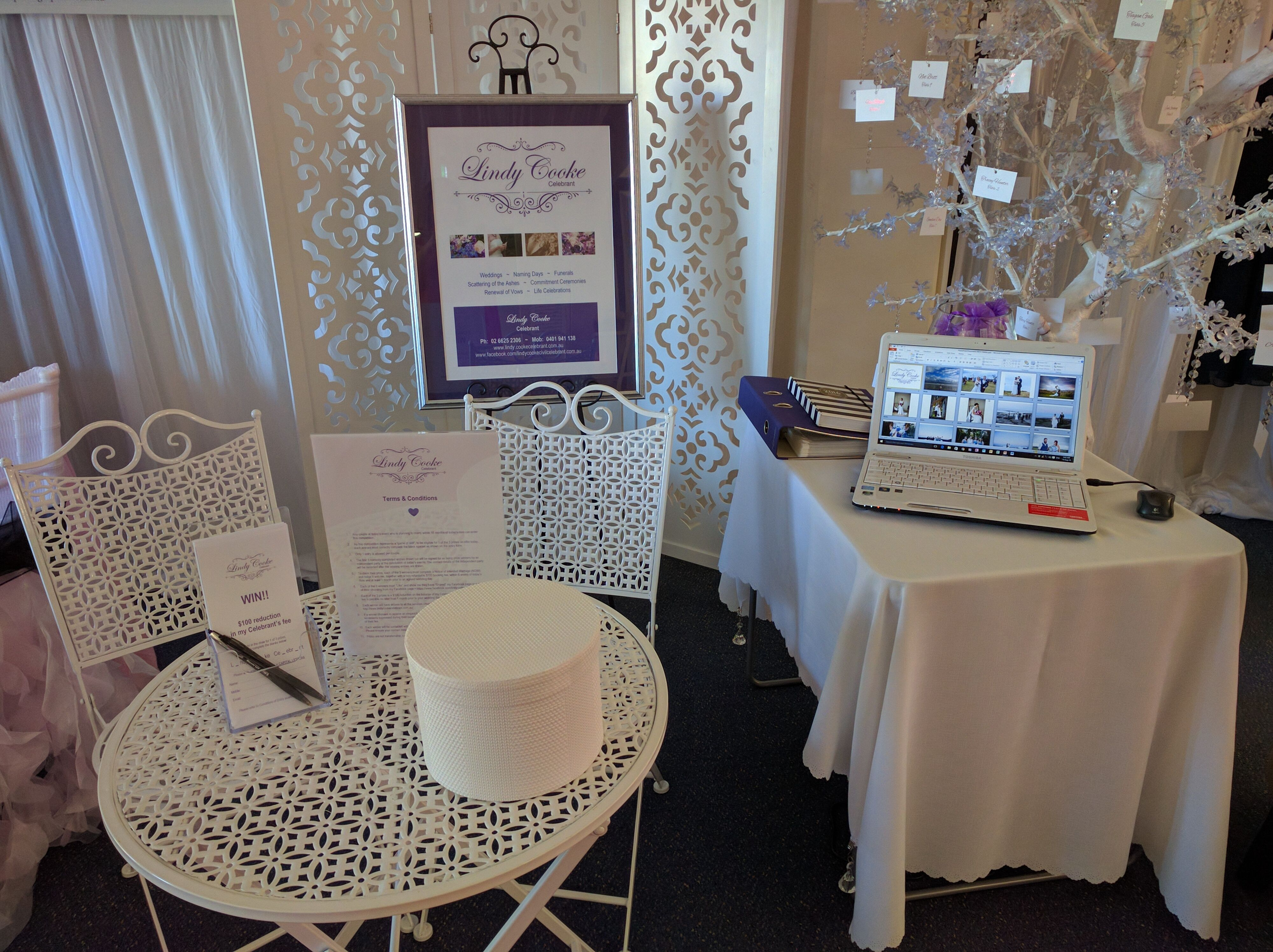 My exhibit at the Bridal Network Open Day 14.8.16