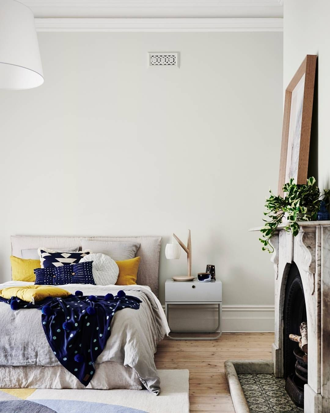 Wall Colour Inspiration: Dulux Unforgettable -greige