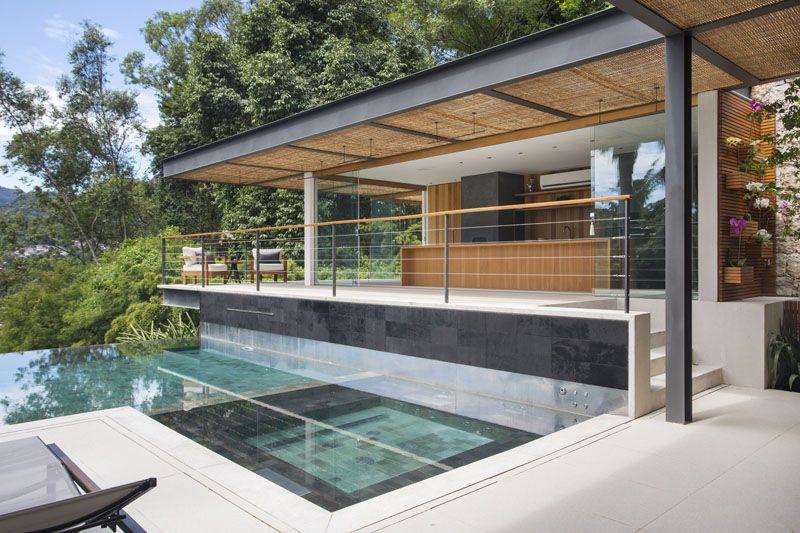 A Relaxing Pool House In Rio De Janeiro Brazil Maison Piscine Moderne Piscine Maison Cabanes De Piscine