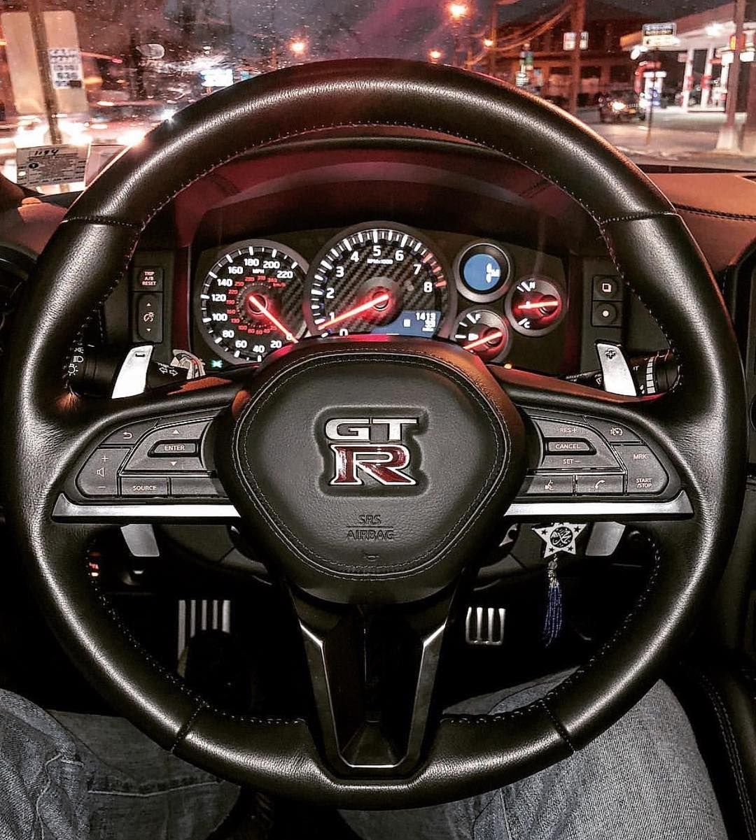 701 Moy Aresei 5 Sxolia Official Godzillafan Account Godzillafan Sto Instagram Could Definitely Get Used To This View Owner Sleek スカイラインgt 高級車 日産