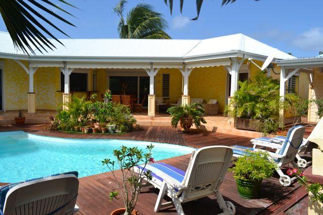 immobilier #guadeloupe #villa #piscine #investir #plage Immobilier