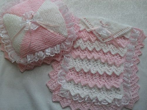 Ravelry Dolls Layers Pram Cot Blanket And Pillow Knitting