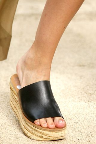 2014 READY TO WEAR SHOE COLLECTION | Chloé Spring 2014 Ready-to-Wear Collection Slideshow on Style.com