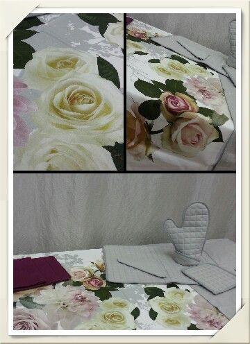 L'eleganza, la freschezza delle rose in questa meravigliosa tovaglia....la trovate da Anna e Walter