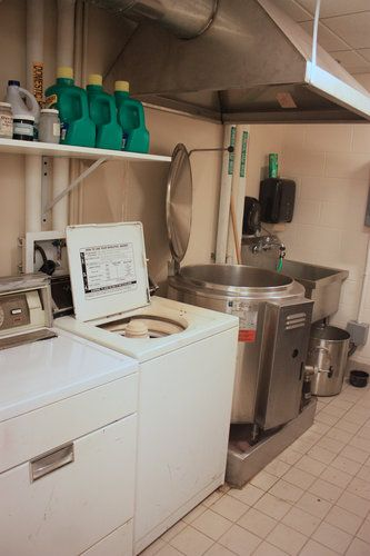 Ithaca College Dye Room. 25 Gallon (?) Dye Vat With Steam Hood.