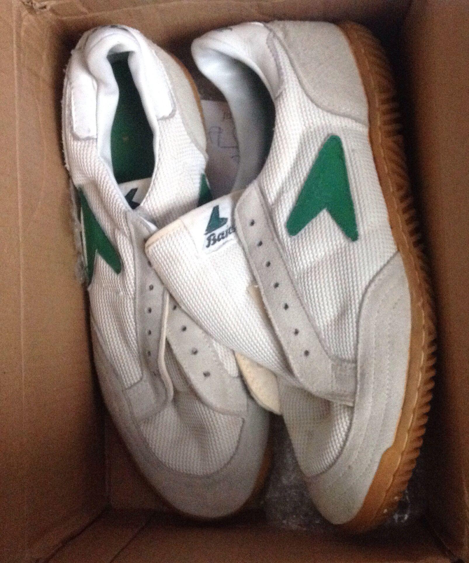 a9ab9f9de Vintage 80 s Bata Squash Sneakers