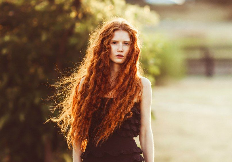 Long red hair. So I was thinking maybe Elenor can have hair like this it's really fun and she would probably hate it wich would be funny to see her trying to get it to behave. Jacky: Yes!