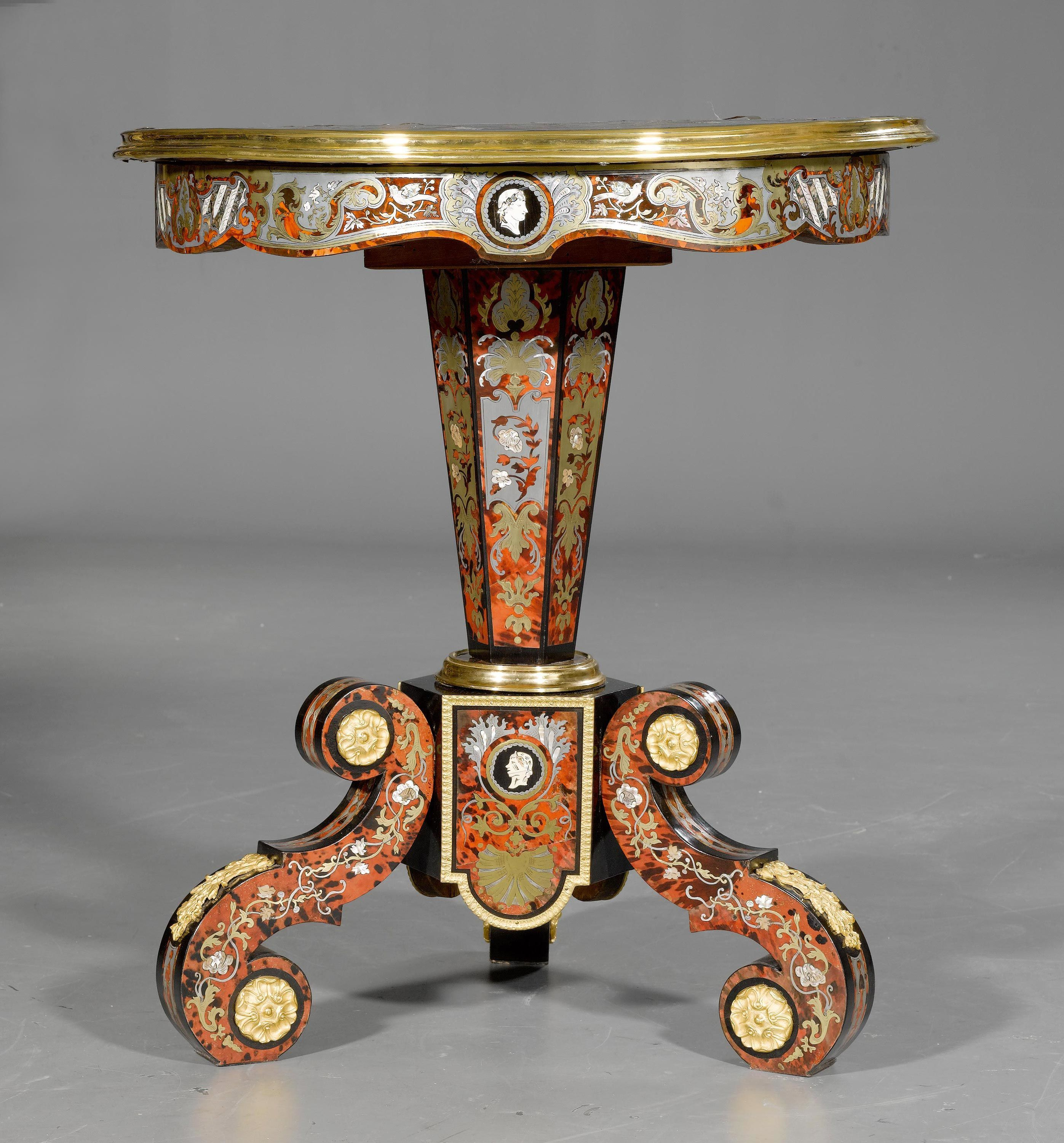 C1870 ROUND GUERIDON WITH BOULLE MARQUETRY, Napoléon III