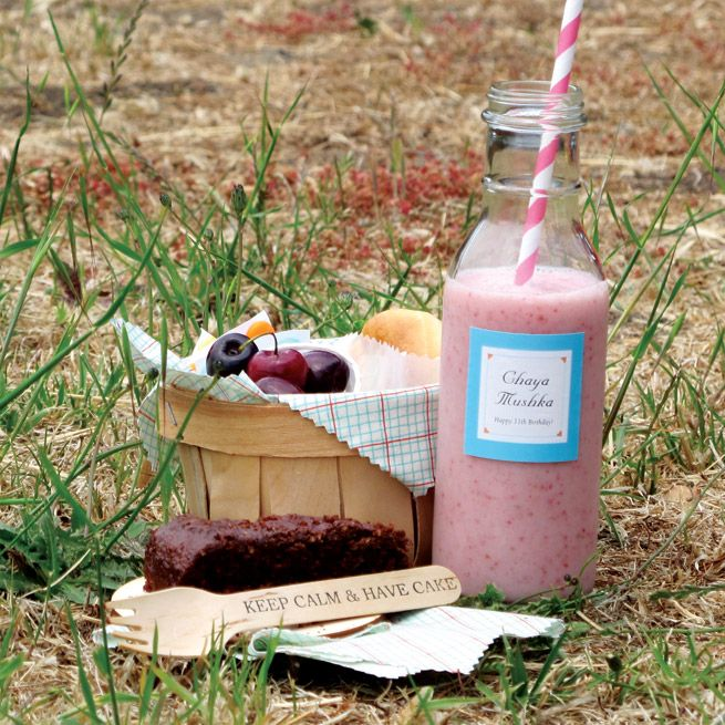 Picnic Birthday Smoothie Recipe from the Evermine blog