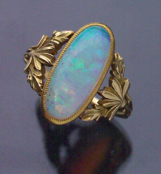 ART NOUVEAU Floral Ring Gold Opal H: 1.9 Cm (0.75 In