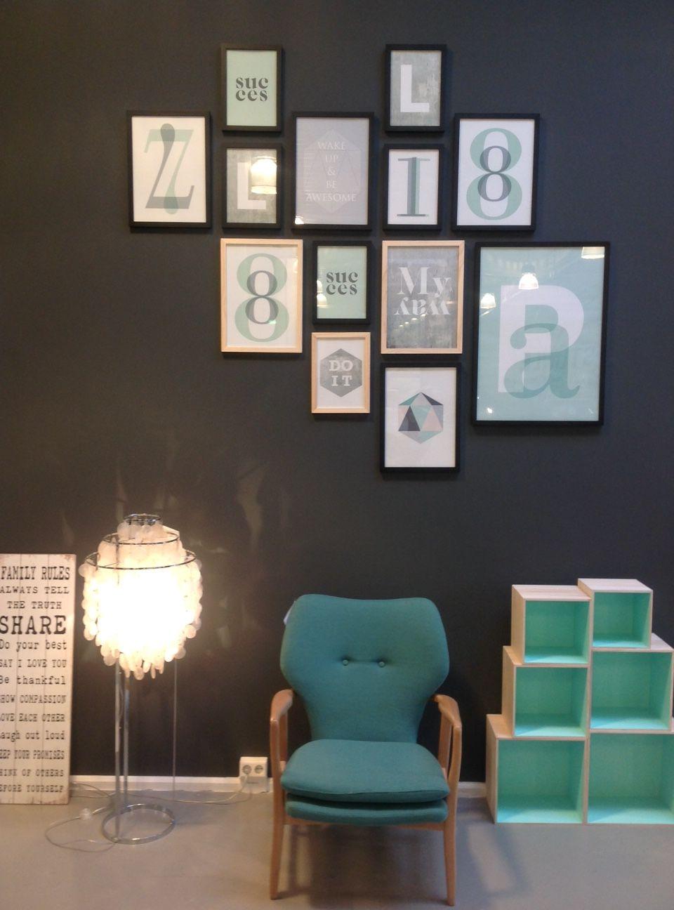 Wir Wollten Eine Wand In Unserem Showroom Streichen Und Die Neuen  Bilderrahmen Von Sinnerup Mit Den Tollen Prints An Dieser Wand Präsentieren.