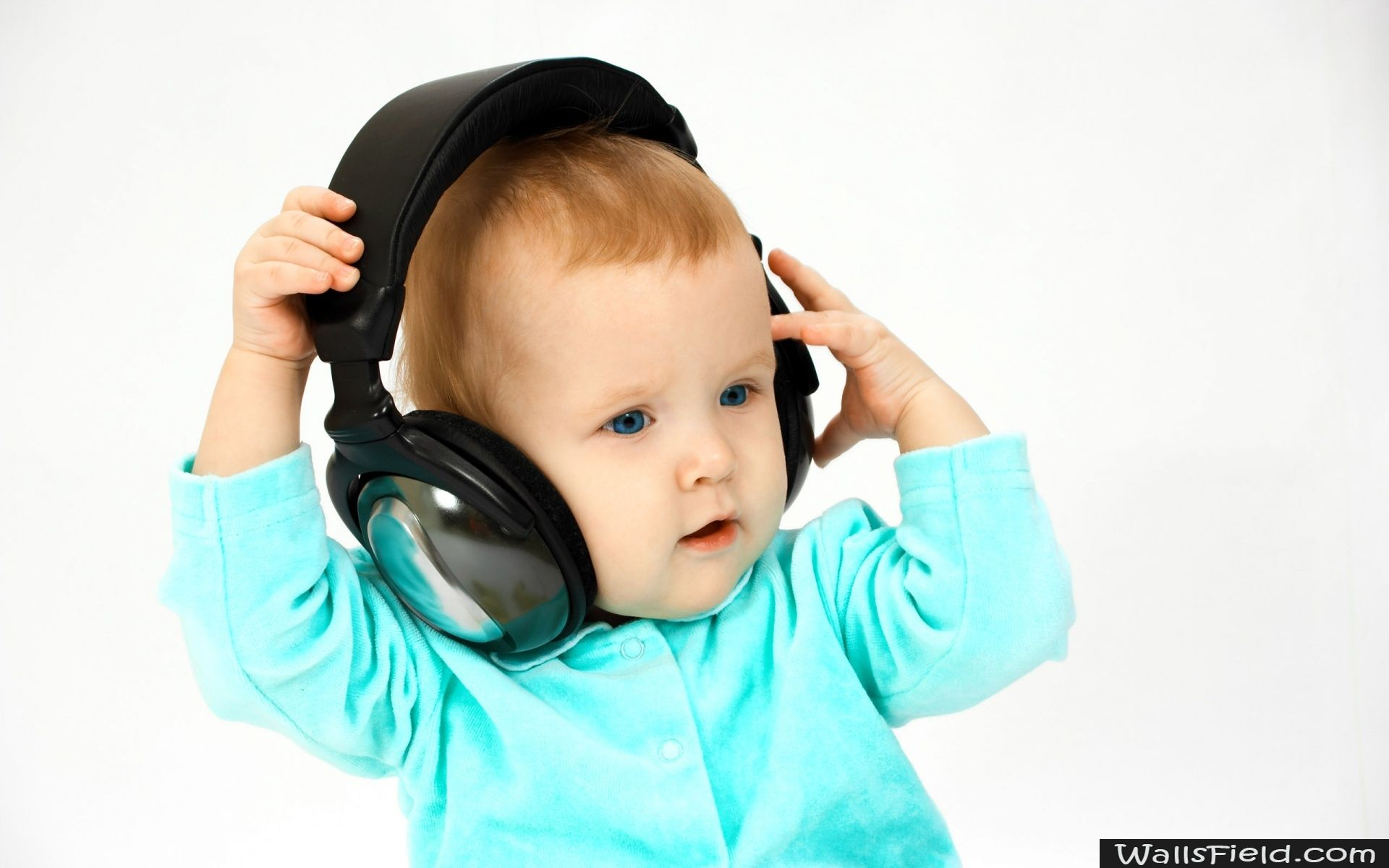 Dj Baby Wallsfield Com Free Hd Wallpapers Baby Wallpaper Baby Images Cute Baby Photos