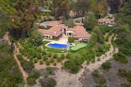 Phil Mickelson  is reportedly selling his house in  Rancho Santa Fe, California, and it is one 9,100-square-foot