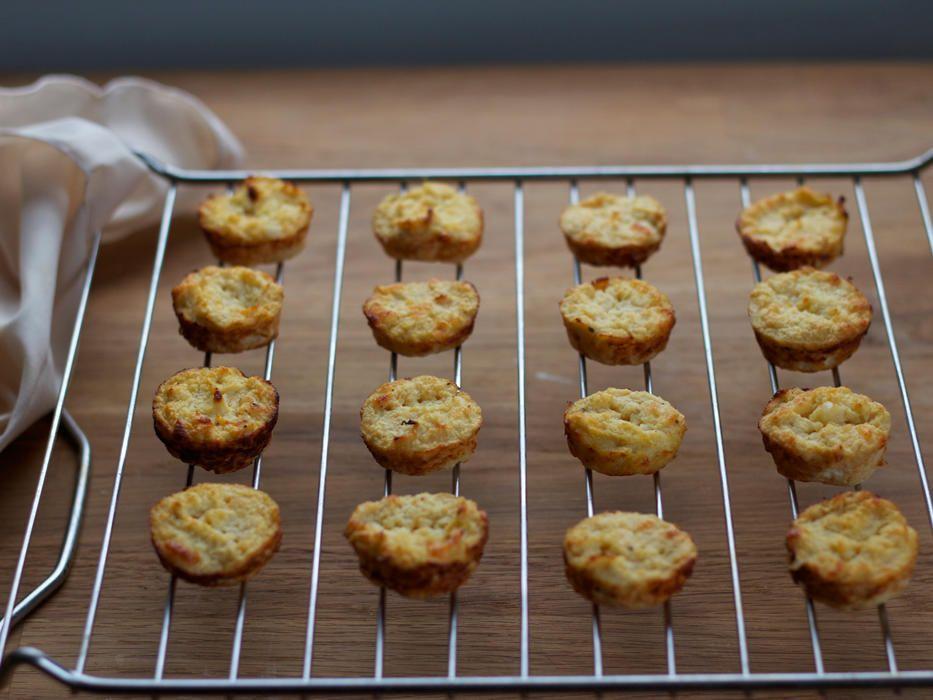 Cheesy Cauliflower Biscuits Food Cheesy Cauliflower Food Recipes