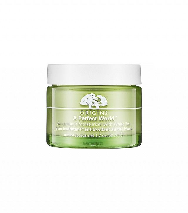 At What Age Should You Start Using Certain Anti Aging Products Natural Aging Skin Care Antioxidant Moisturizer Latest Anti Aging Products