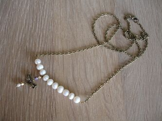 Long necklace with Akoya pearls !