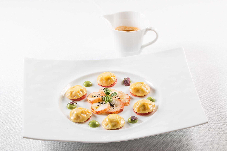 Ananas, mousse di cioccolato bianco e lamponi - L\'Olivo Restaurant ...