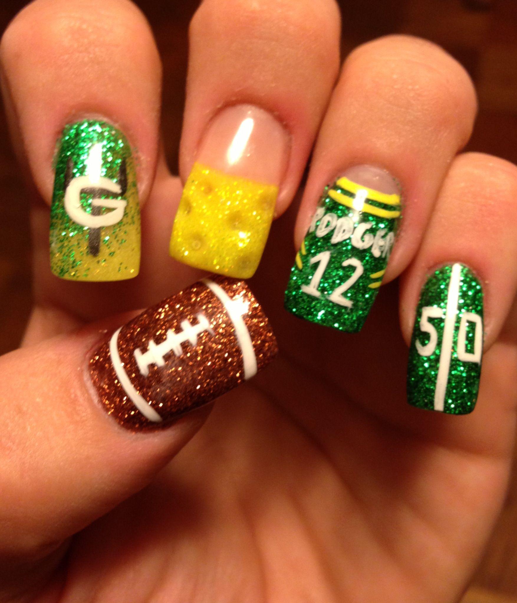 Pin By Maureen Faricy On Because I M A Dork Green Bay Packers Nails Packer Nails Football Nail Designs