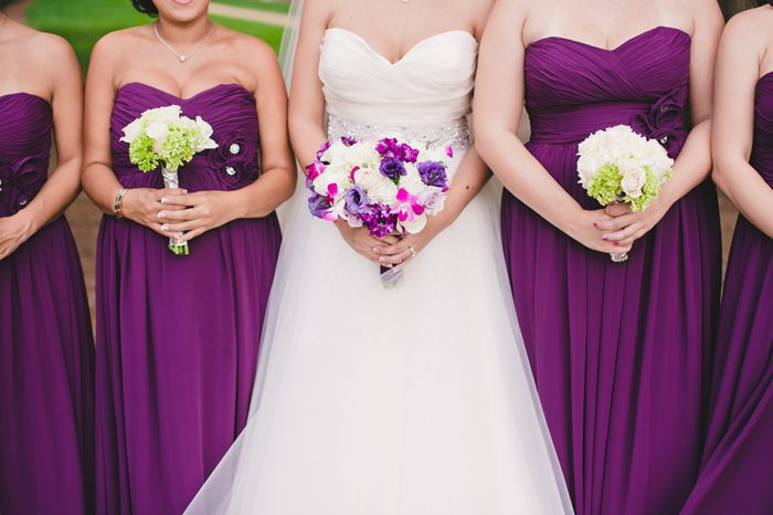 I like the bridal bouquet color balance.  White-ish with purple/dark pink highlights...that is about what I want.  And for me, the bridesmaids would have full purple/pink bouquets to offset their teal dresses.     Real Wedding: Carla and Alejandro in Atlanta // Images by Brita Photography // Via Modernly Wed (21)