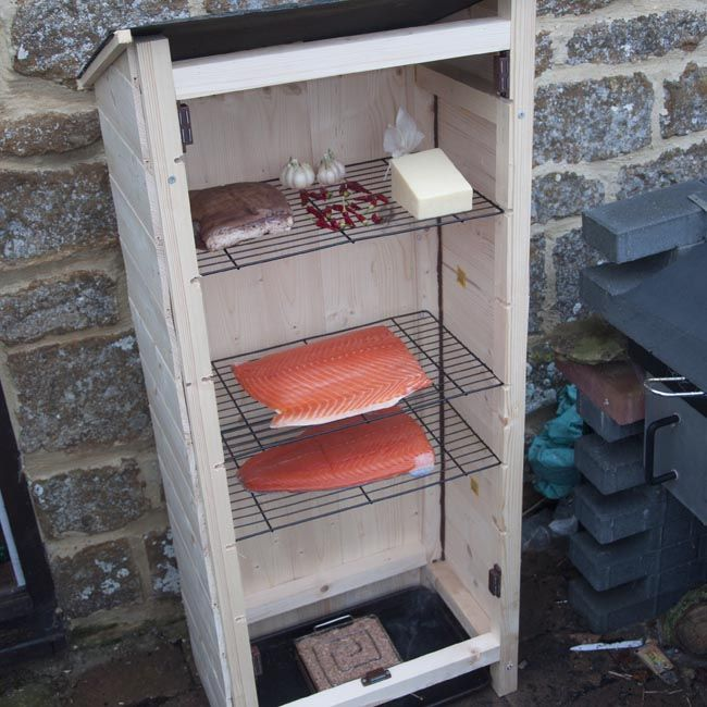 how to build a small smokehouse