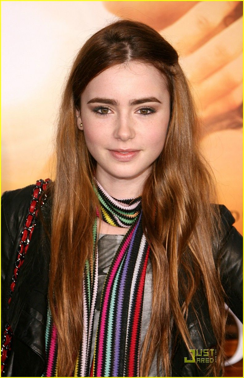 Lily Collins - she looks amazing in this photo!