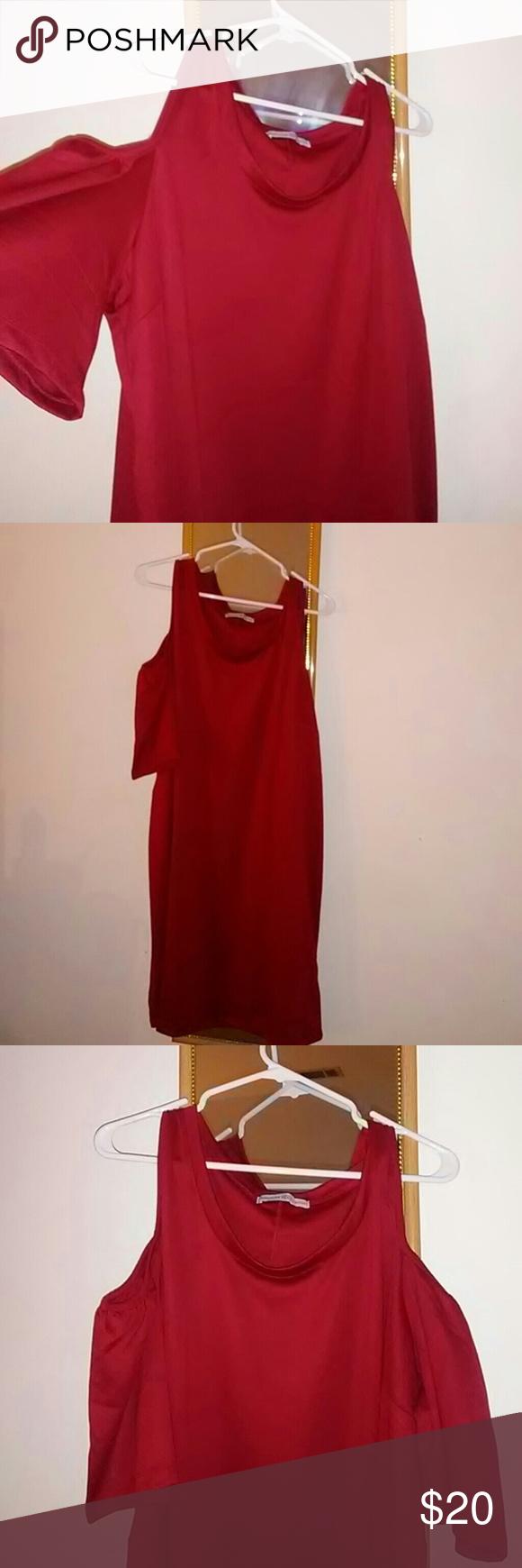 Dress shoulder sleeve high low and shoulder