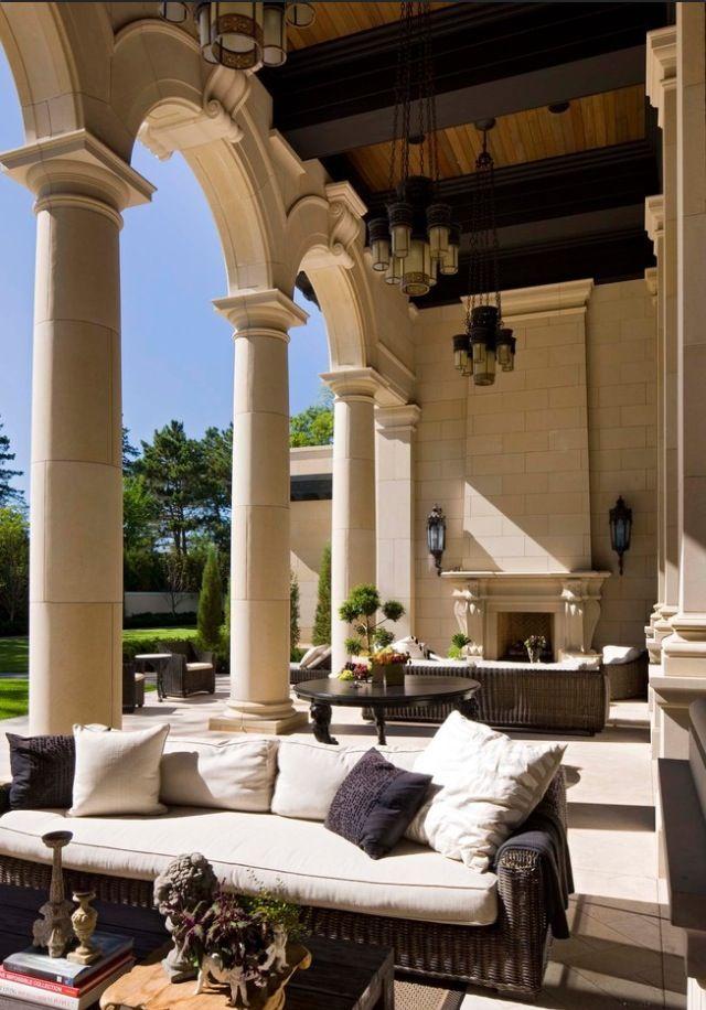 Gorgeous outdoor living space at an Italian villa ᘡղbᘠ