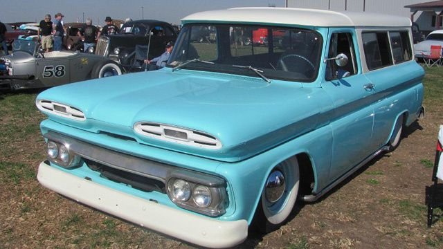 1961 Chevy Suburban Use 1960 Chevy Pickup As Donor Kit Chevy