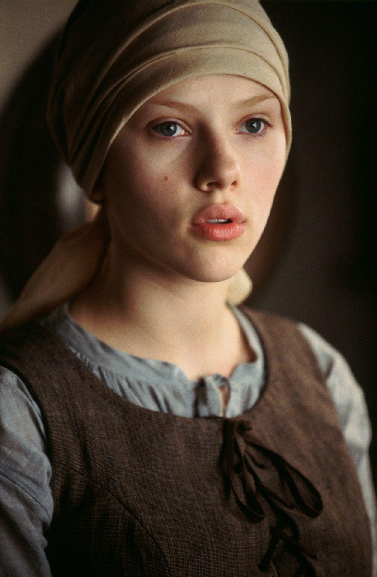 �scarlett johansson in girl with a pearl earring 2003