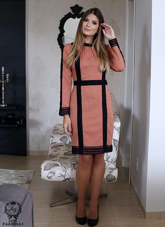 1ded9169f Por mais de 20 anos, a marca Luzia Fazzolli, apresenta coleções  sofisticadas e exclusivas criadas para mulheres refinadas e estilo  clássico, vestindo-as do ...