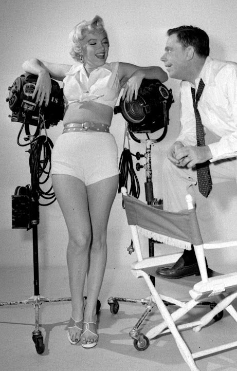 Marilyn Monroe And Tom Ewell In A Publicity Photo For The Seven Year Itch 1955 Tom Ewell Marilyn Marilyn Monroe Poster