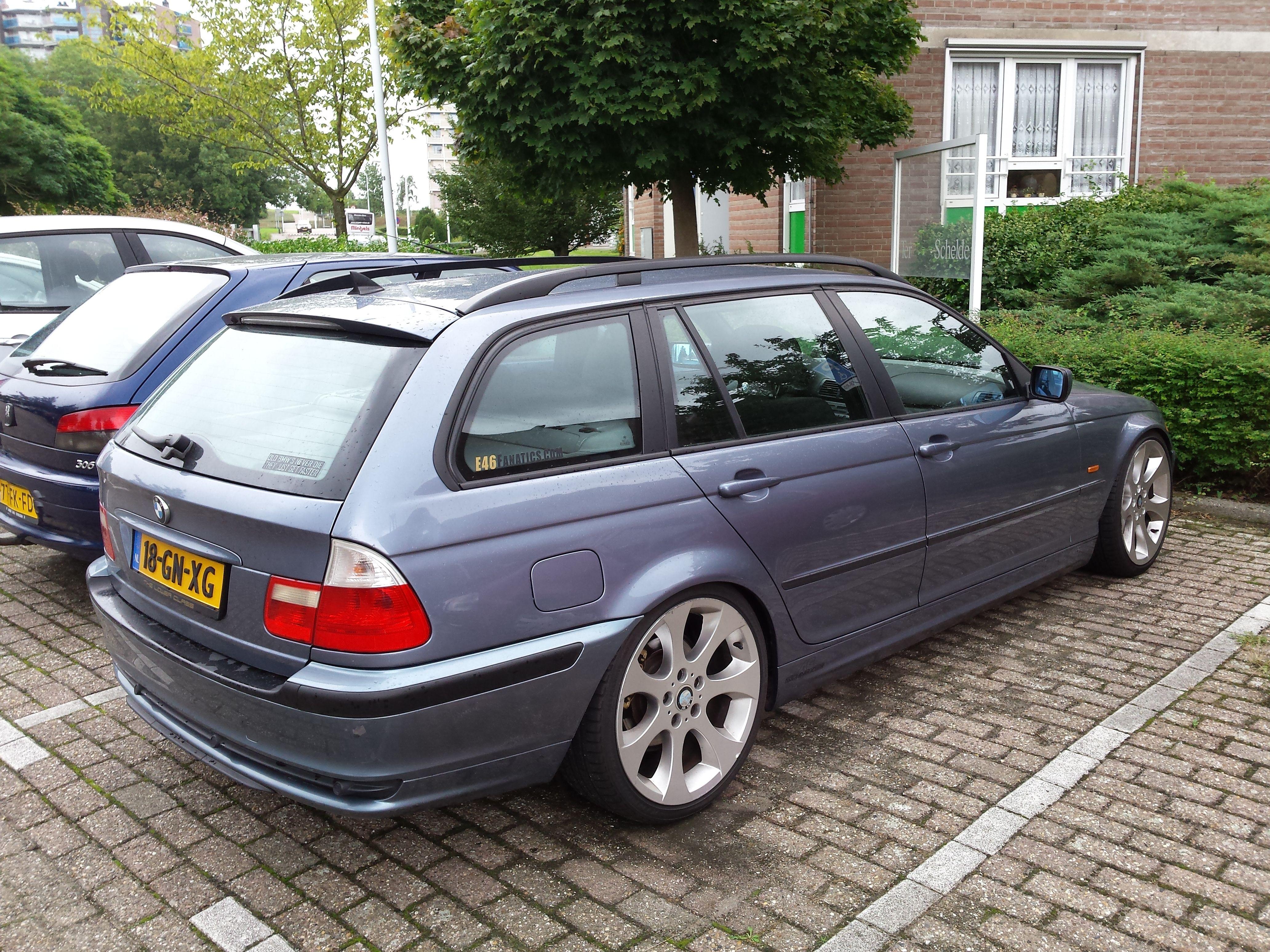 My E46 Touring Wagon 2 2l 320i Year 2001 Color Stahlblau Steelblue